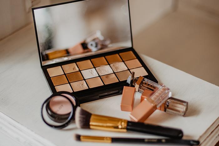 hooded-eye-makeup-tips-1